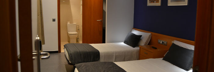 Hostal Apolo Barcelona - Room